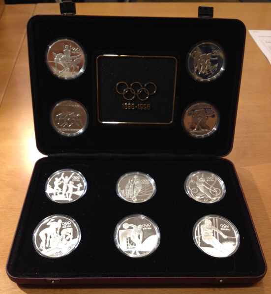 1996 OLYMPIC CENTENNIAL 10 PIECE COIN SET-STERLING SILVER-5 COUNTRIES 10 PIECES